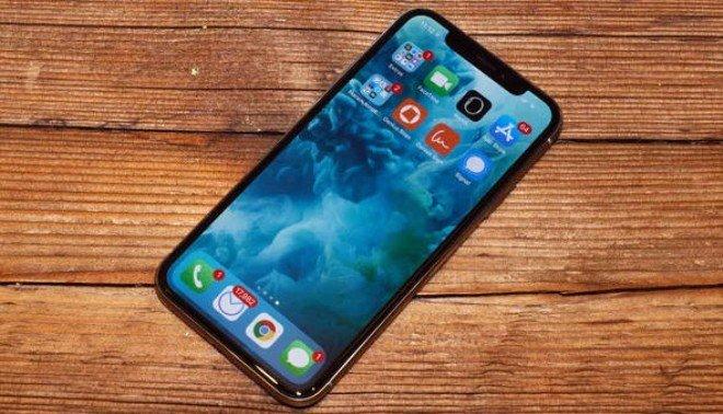 iPhone X - 12.7 milyon sattı