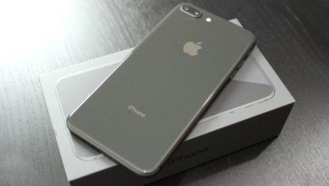 iPhone 8 Plus - 8 milyon sattı