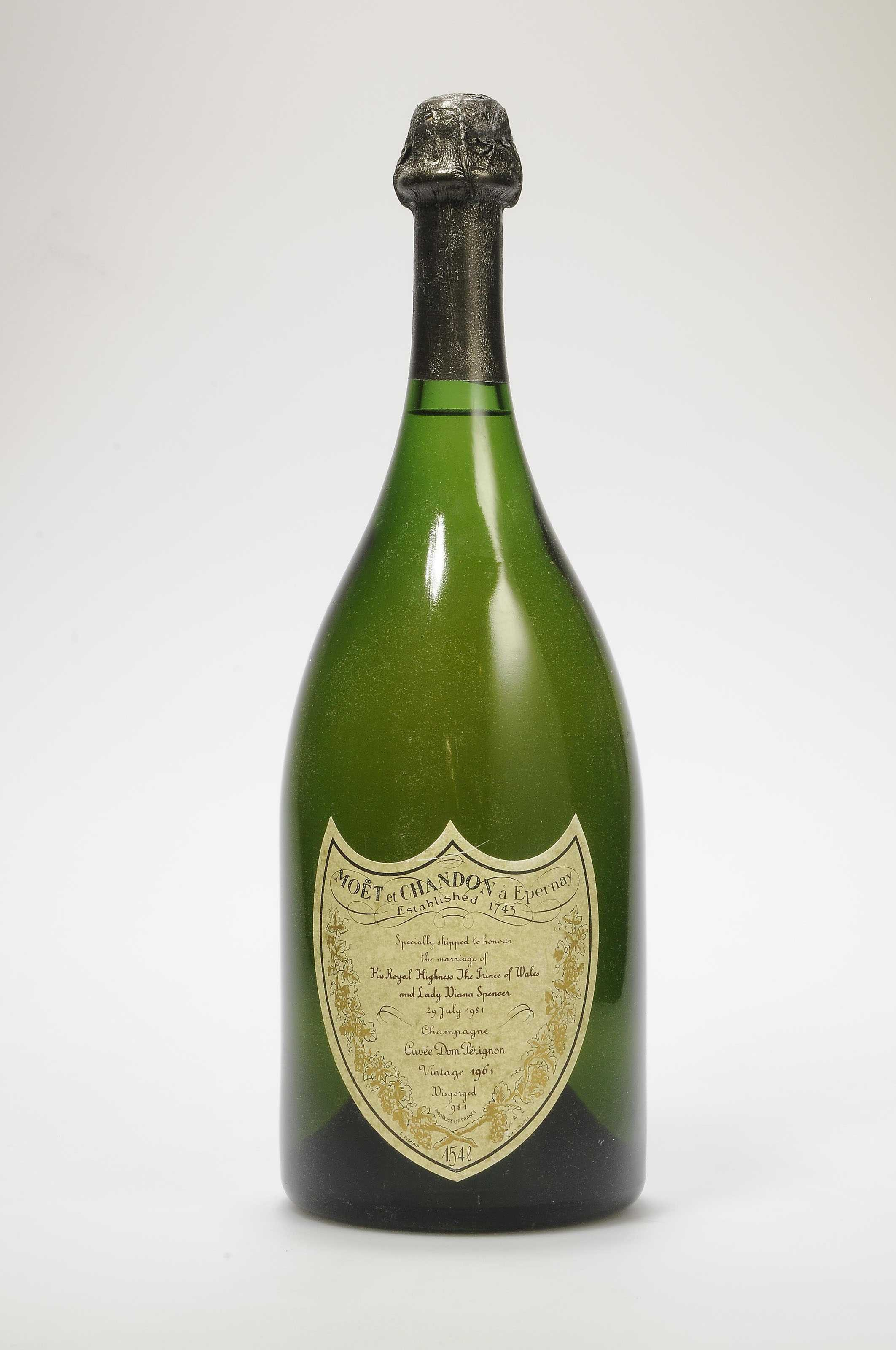 MOET & CHANDON DOM PERIGNON CHARLES & DIANA 1961