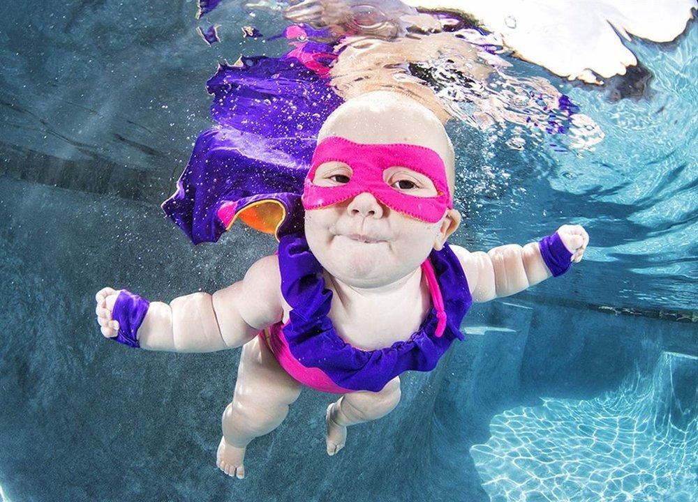 Su altı bebek resimleri