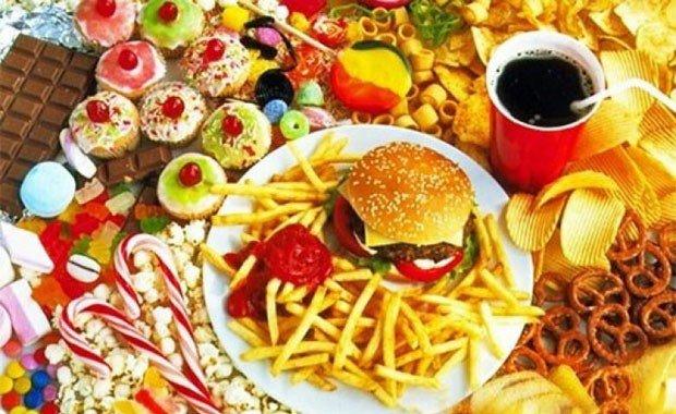 Yediklerimizin Paketlerindeki Yağ Kalori Oranlarını Okumamak