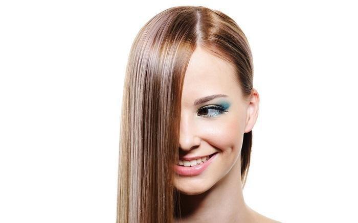 Duştan Sonra Badem Yağı Saç Bakımı Nasıl Yapılır