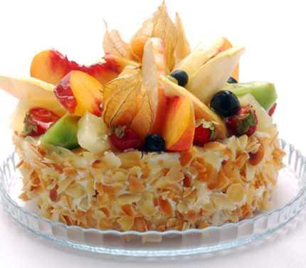 Meyveli Has Bahçe Pastası Tarifi