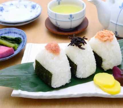 Onigiri japanese food