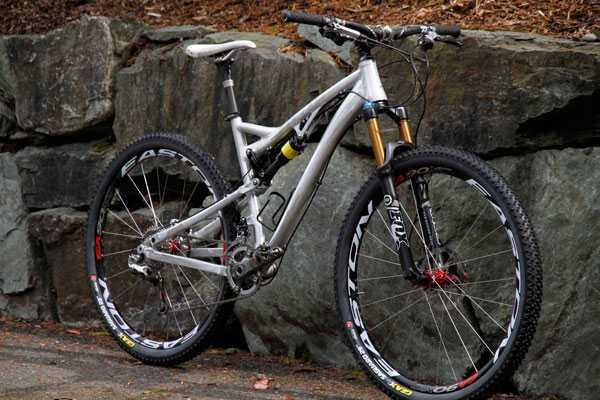 Kona dağ bisikleti