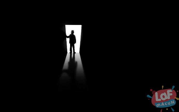 karanlik-bir-yer