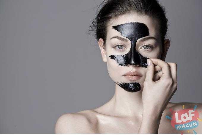 Siyah Maskenin Zararı Var Mıdır?