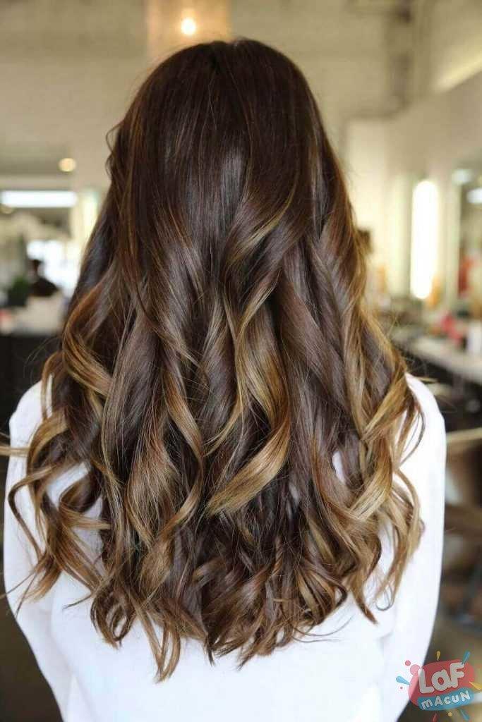 siyah ve koyu kahve saç rengi