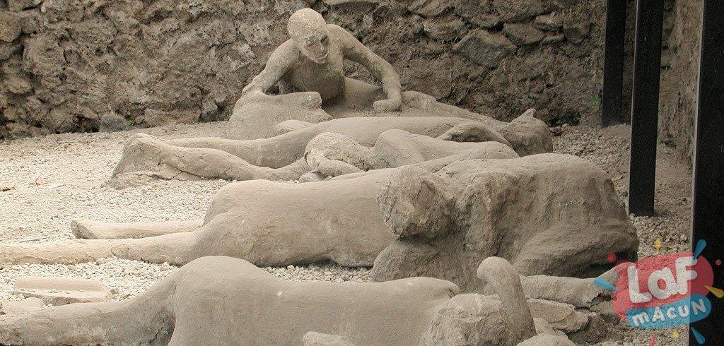 Pompei tarihi, pompei neden yok oldu