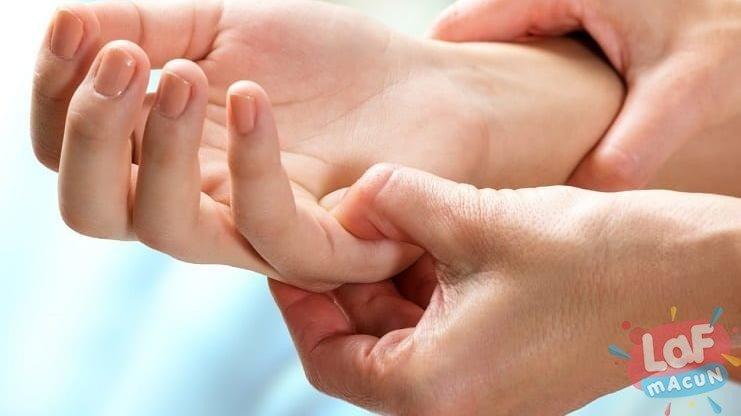 Romatoid artritin tedavi etmenin doğal yolları